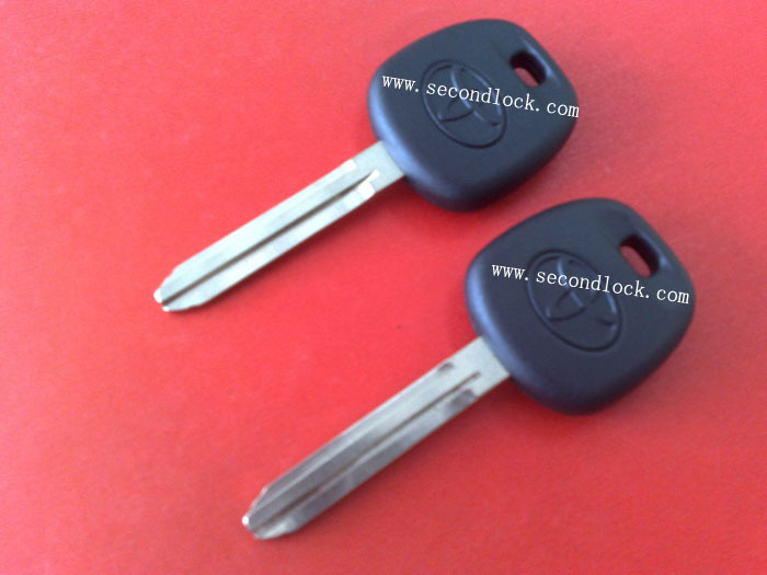 Top quality Toyota transponder key with 4C chip<br><br>Aliexpress