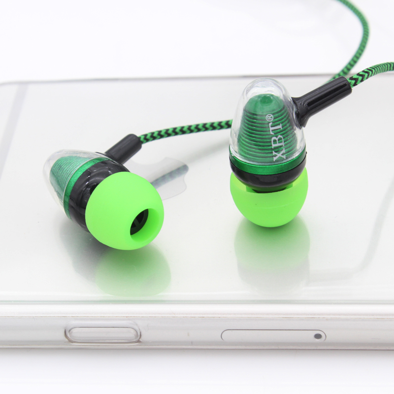 New Plastic Earphones Jack Standard Noise Isolating Reflective Fiber Cloth Line 3.5mm Stereo Headset Earbuds(China (Mainland))