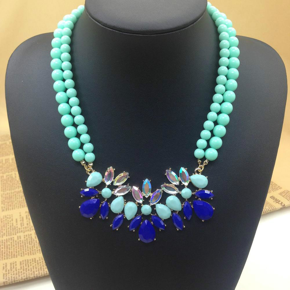 Mint Green Turquoise Flower Beads Fashion Choker Necklaces & Pendants For Women 2013 Design Statement Necklace Jewelry(China (Mainland))