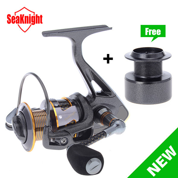 2015 New SeaKnight ALL Carbon Fiber Super Light DR2000/3000/4000 11BB Super Quality Spinning Fishing Reel + Plastic Spare Spool(China (Mainland))