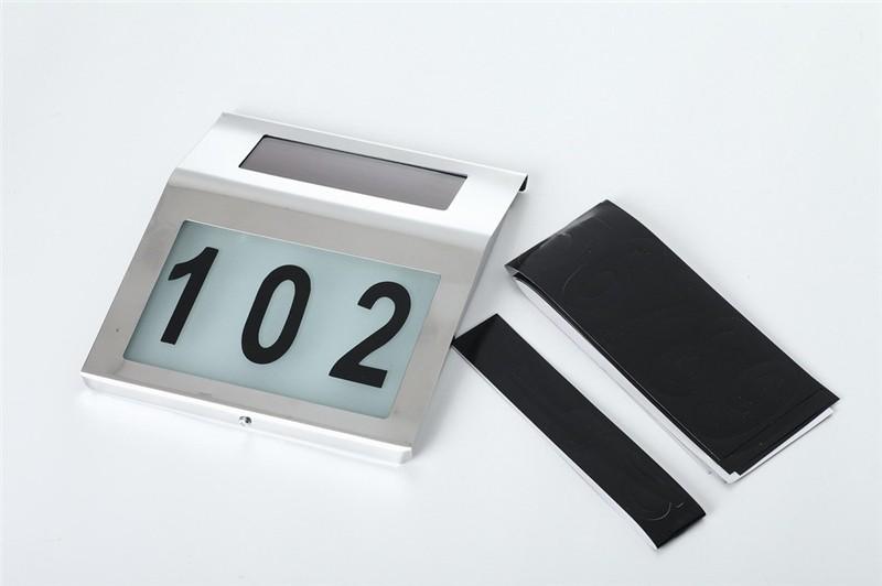 Подсветка номера дома на солнечной батарее используются как табличка номера дома или название улицы на фасадах здании. Питается от солнечных лучей, комплект номеров 0 до 9.