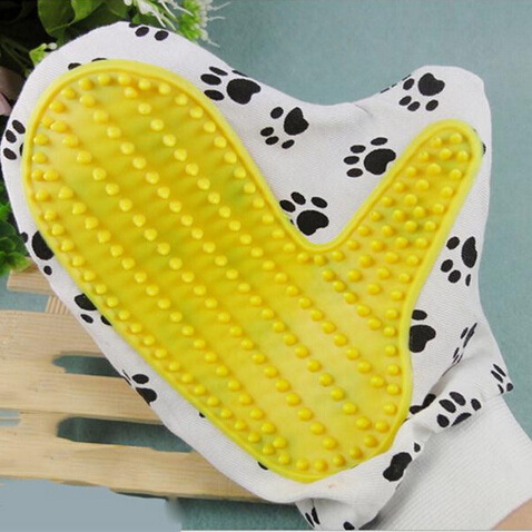 Mini Pet Cleaning Brush Comb Animal Massage Hair Removal Dog Bath Glove Grooming Random Color(China (Mainland))