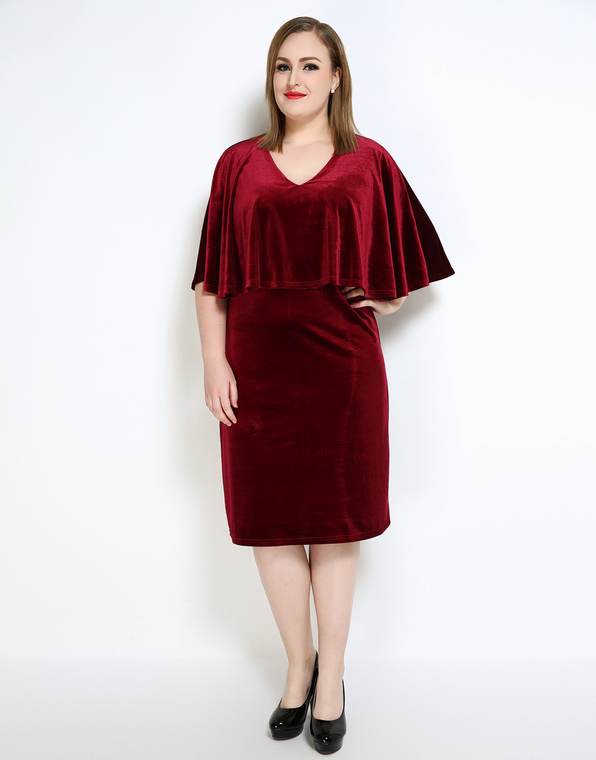 Semi formal red dress plus size discount wedding dresses for Semi formal wedding dresses plus size