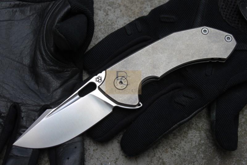 2015 New MG Tyrant Flipper folding knife ball bearing washer N690 blade Bullet holes titanium handle