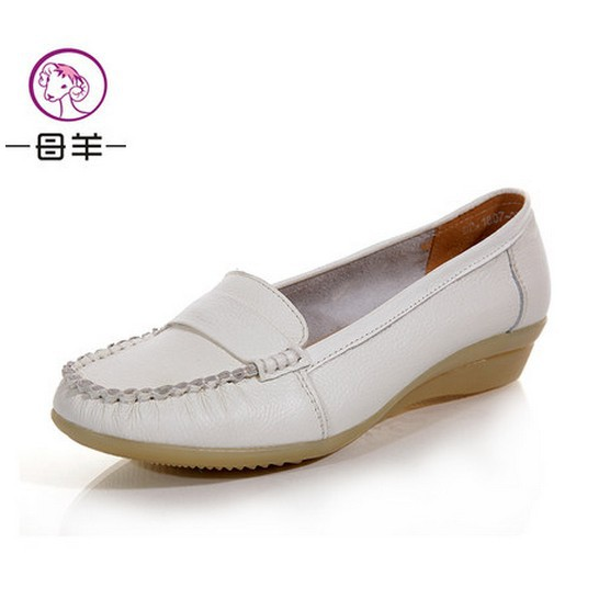 2014 new women genuine leather flat shoes female work nurse single shoes loafers women flats five colors size(35-40)