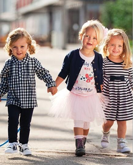 Free shipping new Spring autumn Children clothing set 3pcs suits girls fashion long sleeve clothes cardigan+t shirt+skirt<br><br>Aliexpress