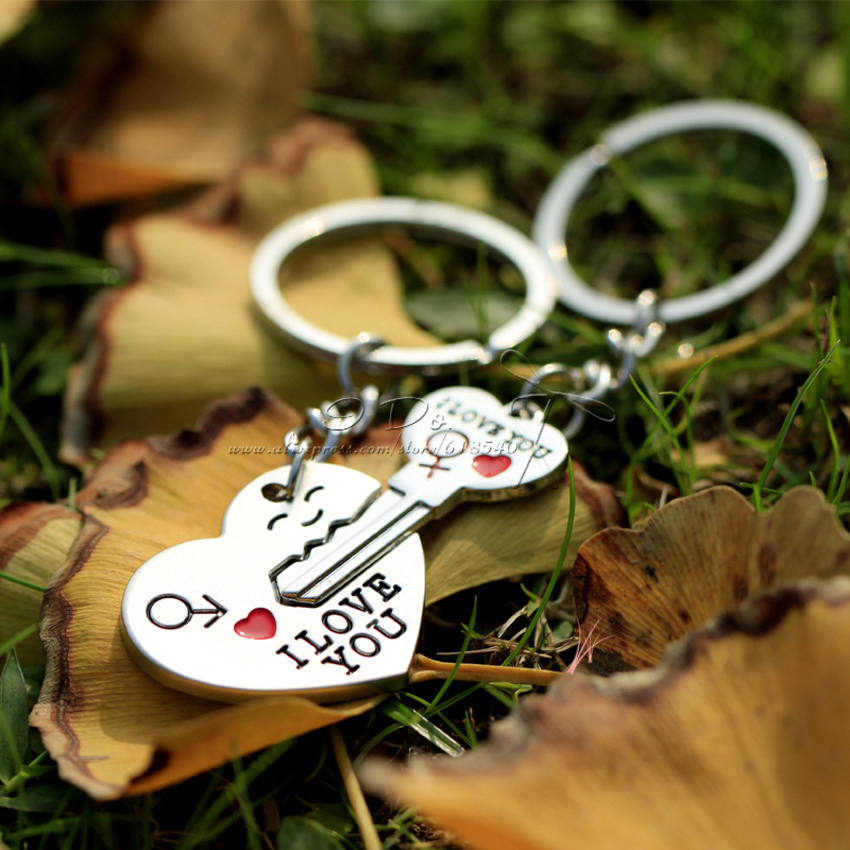 Free Shipping 1 Pair Key to My Heart Keychain Wedding Favors And Gifts Wedding Souvenirs Wedding Supplies Obsequios Boda(China (Mainland))