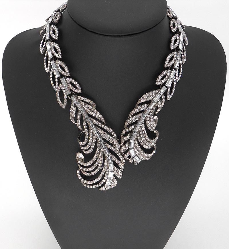 Newest Feather chunky Famous brand Choker statement ...
