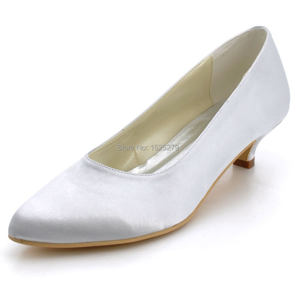 how to clean white pumps