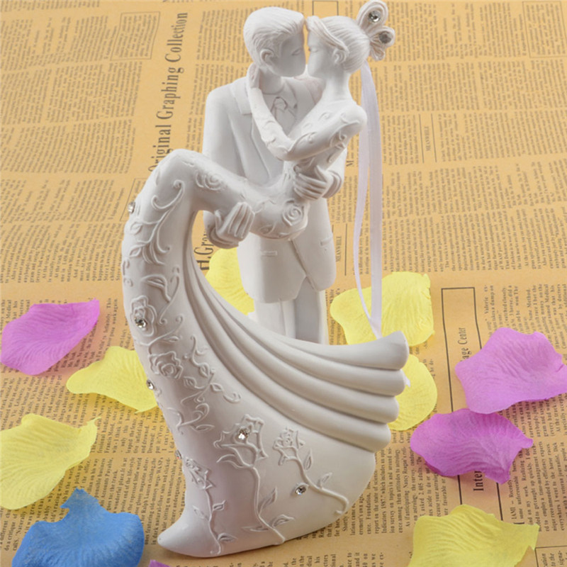 Cake Cool Bride And Groom Resin White Romantic Wedding Cake Topper Stand Couple Figurine Wedding Gifts(China (Mainland))