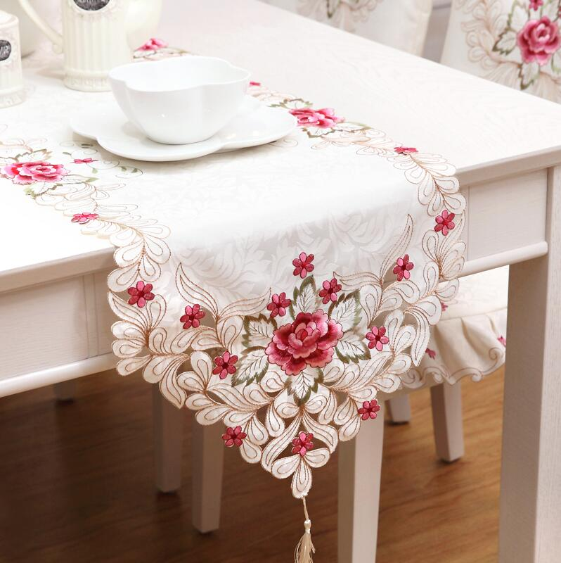 Red floral Jacquard Table Runners Quality Hollow Tablecloth Wedding table runners wedding decoration home deco(China (Mainland))