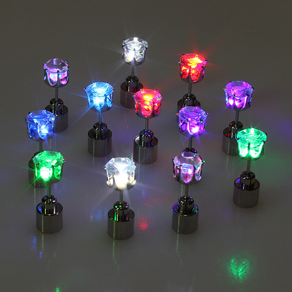 2015 New Hot Cool Fashion Unique Design LED Earrings Light Up Bling Earring Stud Earrings Dance Party Accessories For Women(China (Mainland))