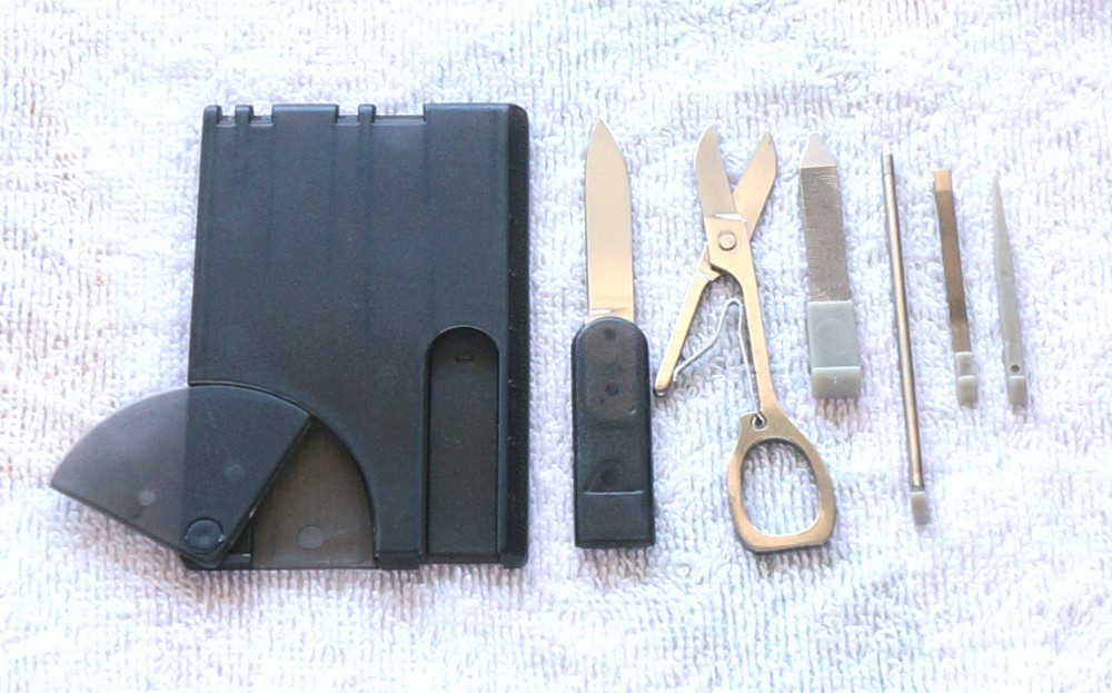 Гаджет  Free Shipping Swiss 7 IN 1 Credit Card Tool Knife Blade Business Card Knife Card / Black None Инструменты