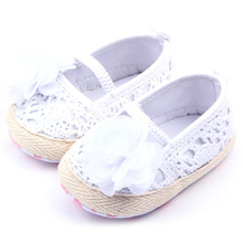 Baby Girls Flower Princess Knittng Crocheted Crib Shoes Infant Toddler Prewalker(China (Mainland))