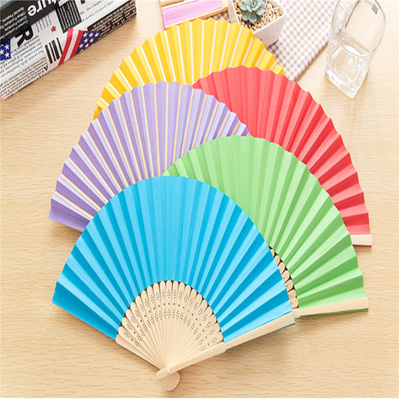2016 Summer Chinese Hand Paper Fans Pocket Folding Bamboo Fan Wedding Party Favor(China (Mainland))