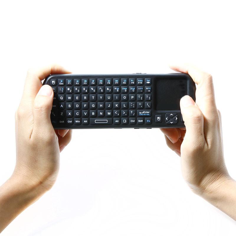 iPazzPort 2.4G RF Mini Wireless Handheld Keyboard Touchpad with Smart TV/PC Remote QWERTY LED light(China (Mainland))
