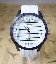 New Arrival Fashion Design Sports Silicone Watch Men Women Students Quartz Wrist Watches Relogios Feminino cg