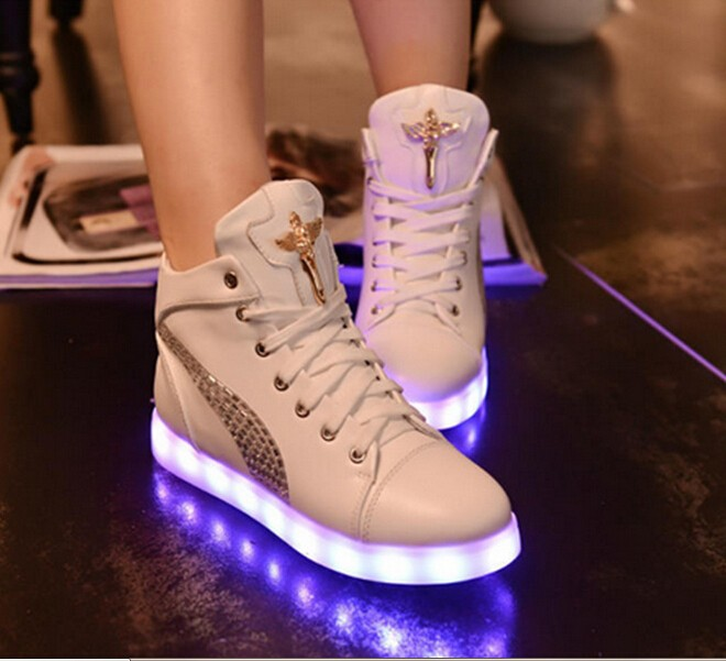 Newest Women Glowing High Heel Shoes Pure White Color Led Light Charging Shoes,Lace-Up (Diamond) Flat with Shoes Fashional<br><br>Aliexpress