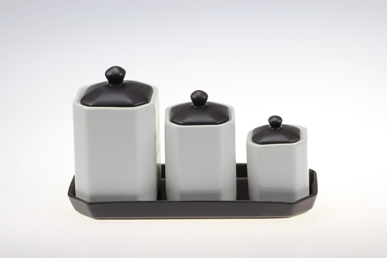 Simple modern matte black ceramic tray black and white combination spice jar kitchen furniture, home soft furnishings(China (Mainland))