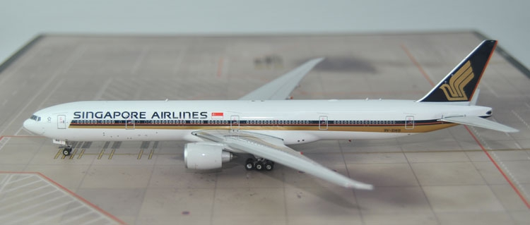 New products Fine Phoenix 1: 400 11306 Singapore Airlines B777-300ER 9V-SWB Collection model(China (Mainland))