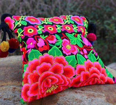 National Trend Embroidered Bags Handmade Flower Embroidery Fashion Women's  Shoulder Messenger Bag Handbag 2014 New