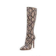 2018 Vrouwen Knie Hoge Winter Warm Snake Skin Print Pluche Laarzen Vrouwelijke Rubber Blok 10cm Hakken Strakke Laarzen Dame zip Jurk Schoenen(China)