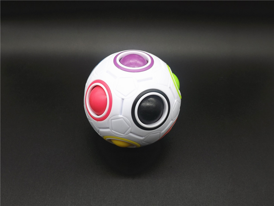 MO022W-Ball (1)