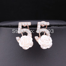 Wholesale New Jewelry 18 K Gold Plated Rhinestone Letter Five Brand Resin Rose Flower Stud Earrings E077(China (Mainland))