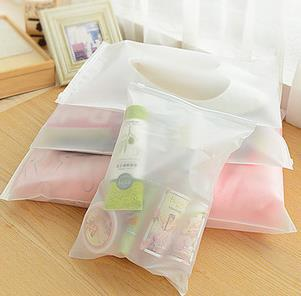 S/M/L size can choose Storage Bags Multi-function receive travel bags clothes translucent plastic bag 5PCS/LOT(China (Mainland))