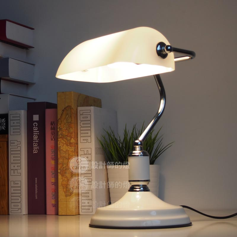 modern european study white table lamp retro bedroom desk lamp home decorative light fixture. Black Bedroom Furniture Sets. Home Design Ideas