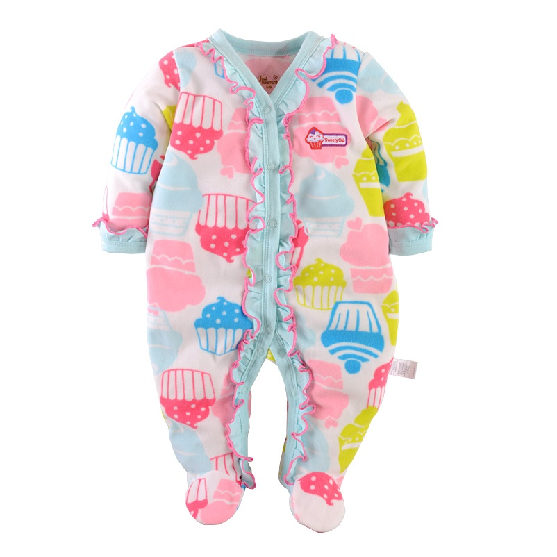 At baby deedee, we believe that each and every child deserves a safe, warm, and comfortable sleep every night. Our baby pajamas are designed to provide your baby with the amount of warmth they need while ensuring that they don't overheat.
