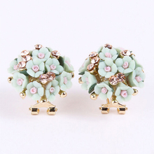 1 Pair Women Earrings Girls Pretty Alloy Resin Rhinestone Ear Studs Ceramic Flower Crystal Ear Stud Earrings #74895(China (Mainland))