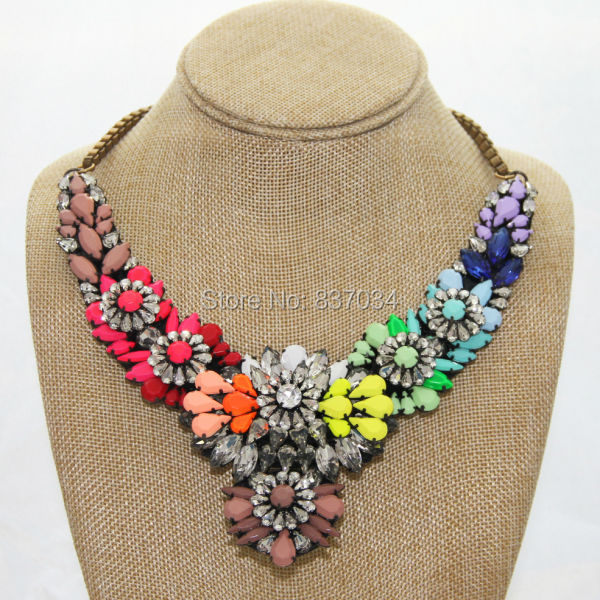 Fashion Rainbow Bead Flower Pendant Necklace Women Vintage Statement Crystal Shourouk Chunky - Elegantly Jewelry Store store