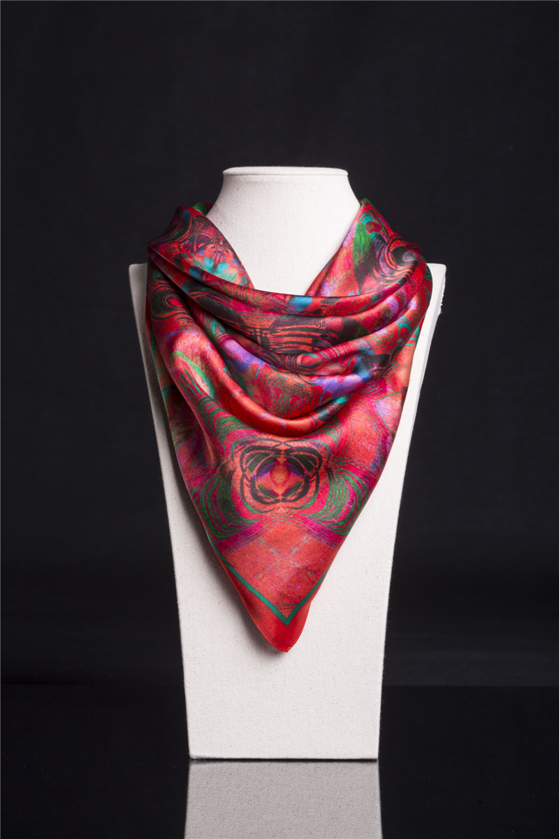 2016 new 100% silk scarf female luxury fashion printing red scarf 110 * 110cm(China (Mainland))