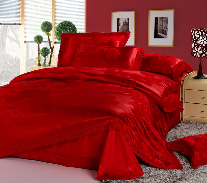 Luxury Chinese Wedding Bedding Set Red Jacquard Lace Queen