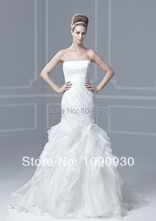 Elegant strapless lace appliques tiered ruffles tulle lace for Tiered ruffle wedding dress