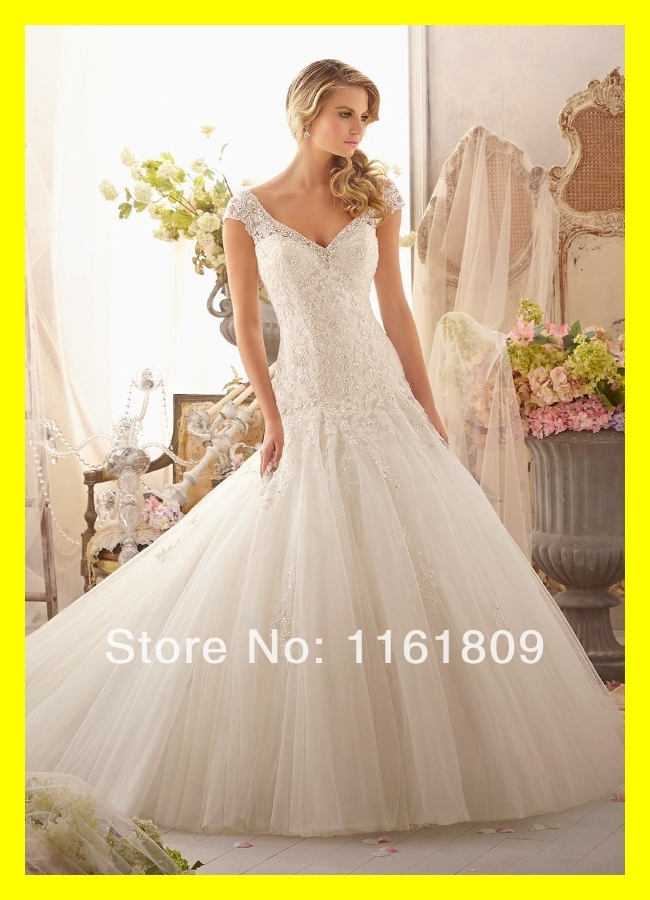Short casual wedding dresses black and white simple for Simple casual wedding dresses