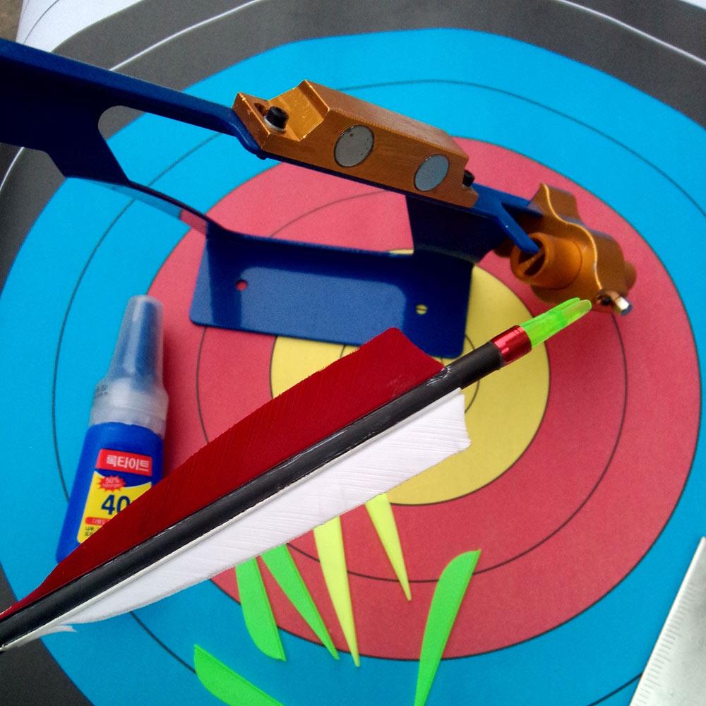 Archer DIY Arrows Feather Fletching Jig Tool Adjustable Steel Arrow Feather Vanes Bonding Device Archery Fletching Jig(China (Mainland))