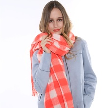 New Arrival Famous Brand Design Warm Oversize Shawl Wrap Tassels Pink And White Tartan Plaid Wool Blend Scarf For Women Winter
