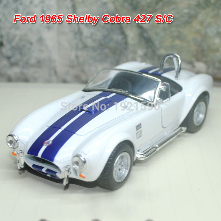 Brand New KINGSMART 1/32 Scale USA Ford 1965 Shelby Cobra 427 S/C Supercar Diecast Metal Pull Back Car Model Toy For Gift/Kids(China (Mainland))