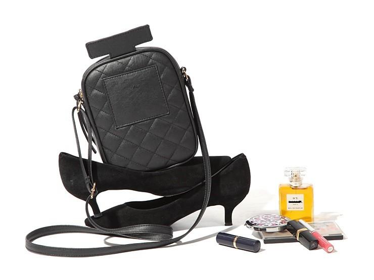 Famous Brand Handbags Women Messenger Bags Classic Diamond Lattice Perfume Bottles Shaped Shoulder Bag Mini Purse Evening Bags