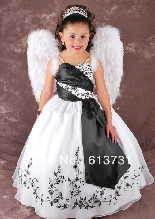 Robe petite fille mariage blanche