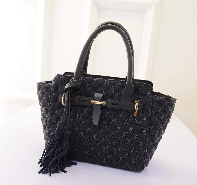 Vintage Women PU&Cloth Patchwork Handbags Tassel Ling Plaid Shoulder Bags Trapeze Fashion Tote Bag(China (Mainland))