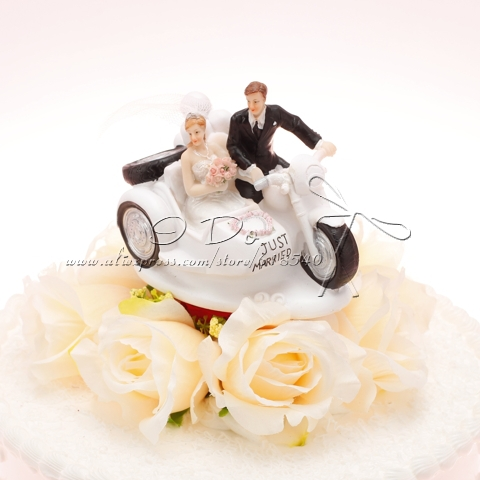 Free Shipping Driving To The Church Resin Wedding Cake Topper Wedding Decoration Novelty(China (Mainland))
