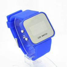Hot Classical Lady Men Mirror Face LED Date Sport Rubber Digital Wrist Watch