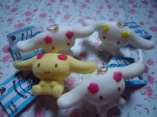 2000pcs/lots 8CM cute cute cinamoroll squishy with tags(China (Mainland))