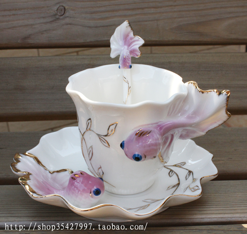 Free shipping creative Ceramic cup coffee cup set fashion gift coffee mug porcelain goldfish cup cup