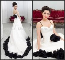 Romantic Black And White Backless Wedding Dress Long Train 2016 A Line Spaghetti Strap Sweetheart Bridal Gown Vestidos De Novia(China (Mainland))