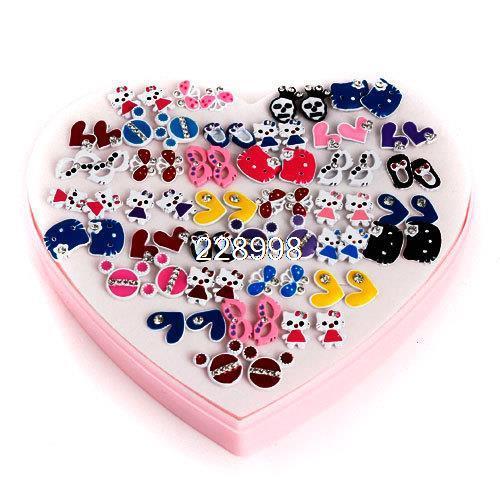 acheter mode beaux enfants fille skull coeur boucles d 39 oreilles 1 paquet. Black Bedroom Furniture Sets. Home Design Ideas