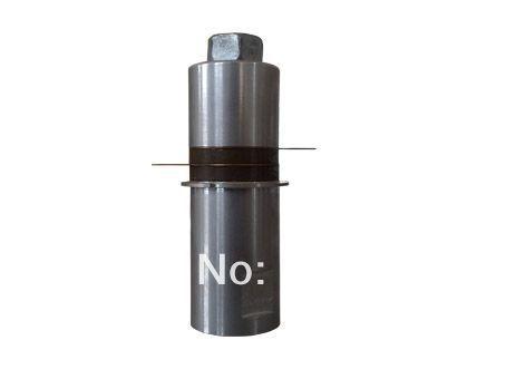 40kkhz/200W Ultrasonic Welding transducer UCE-UWT38200 P4<br><br>Aliexpress